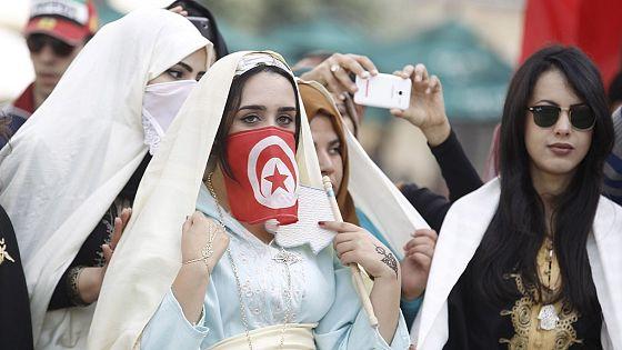 Free Women Tunisian Dating)