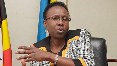 Ouganda : la ministre de la Santé épingle des infirmiers corrompus