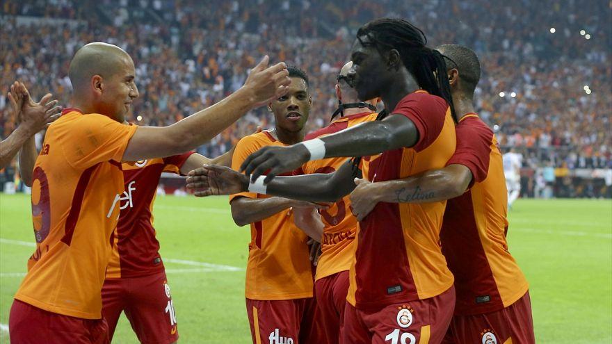 Galatasaray Kasımpaşa'yı 2-0'la geçti