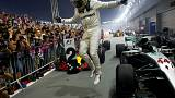 Hamilton vence no caos de Singapura