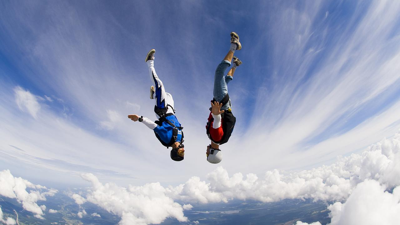Image: Skydiving