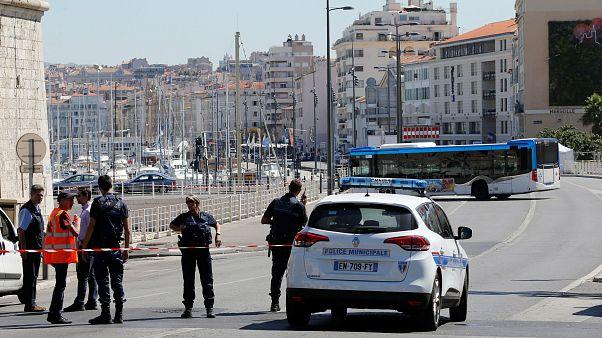 سائحات أميركيات يتعرضن للرشق بالأسيد في مرسيليا الفرنسية