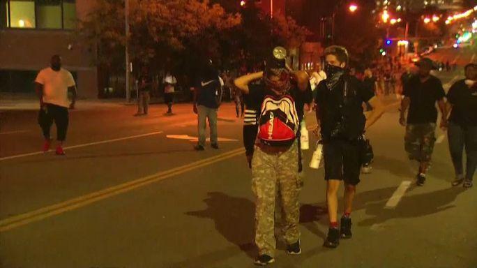Ochenta detenidos durante la tercera noche de disturbios en Misuri