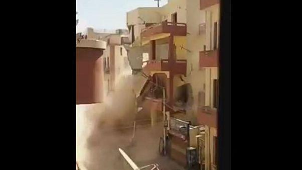 شاهد: انهيار عقار جنوب مصر ونجاة سكانه بأعجوبة