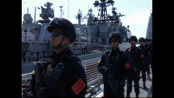 Frota naval chinesa chega a porto russo