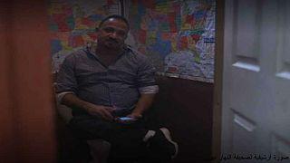 كيف تحول بائع شطائر مصري إلى محلل سياسي؟