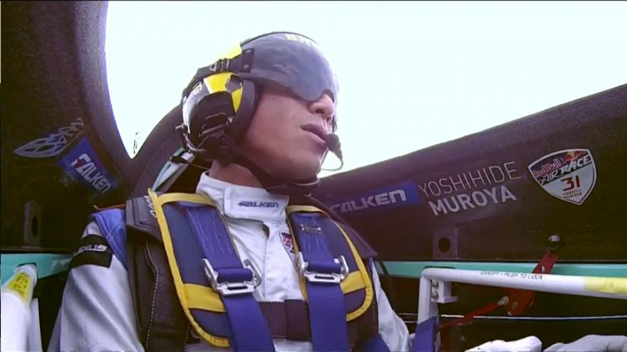 Air Race'de şampiyon Yoshihide Muroya