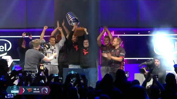 Equipa europeia FaZe Clan vence torneio ELS One de Counter-Strike: Global Offensive