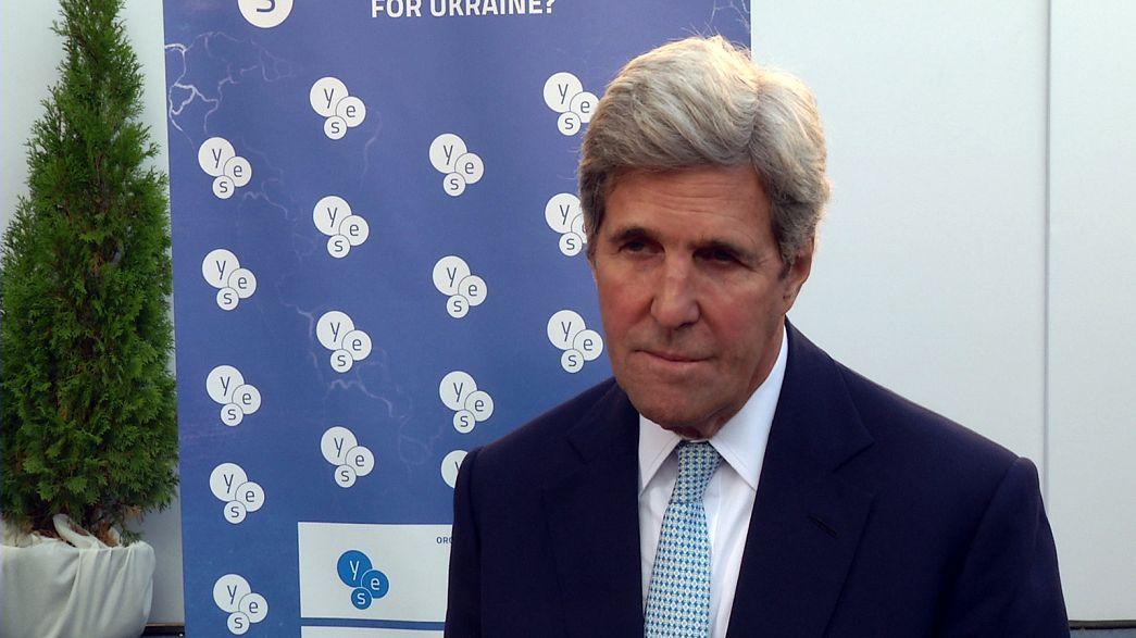 """Kerry: """"Retirarse del acuerdo sobre el cambio climático de París es un gran error"""""""