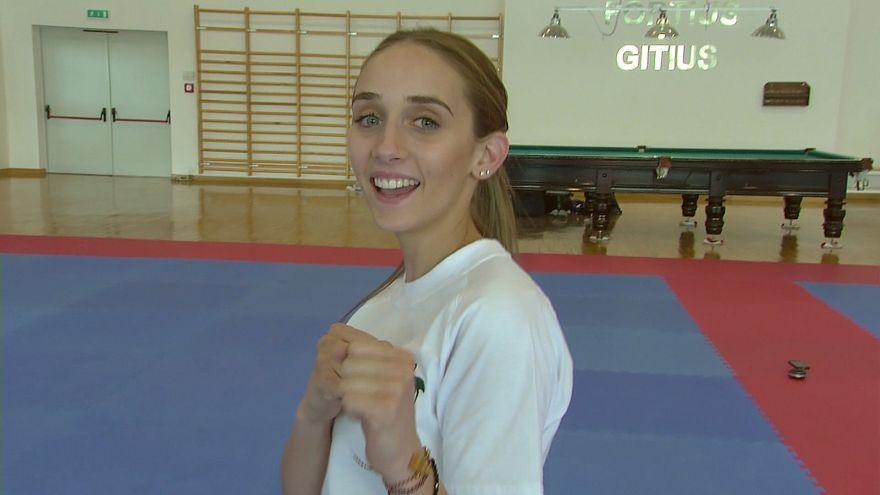 Atletas australianos tentam impor-se em Asgabate