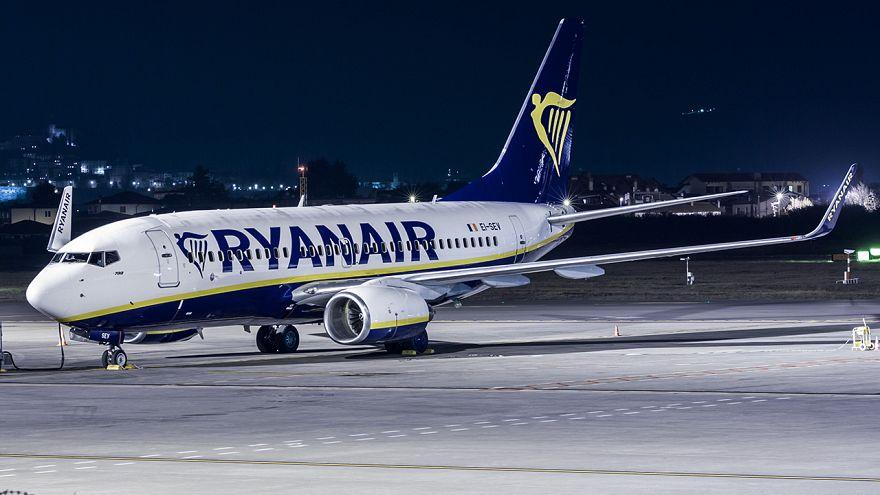 Ryanair propone bonus a sus pilotos si renuncian a días de vacaciones