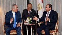 Conflit israélo-palestinien : Benjamin Netanyahu rencontre le président égyptien Sissi