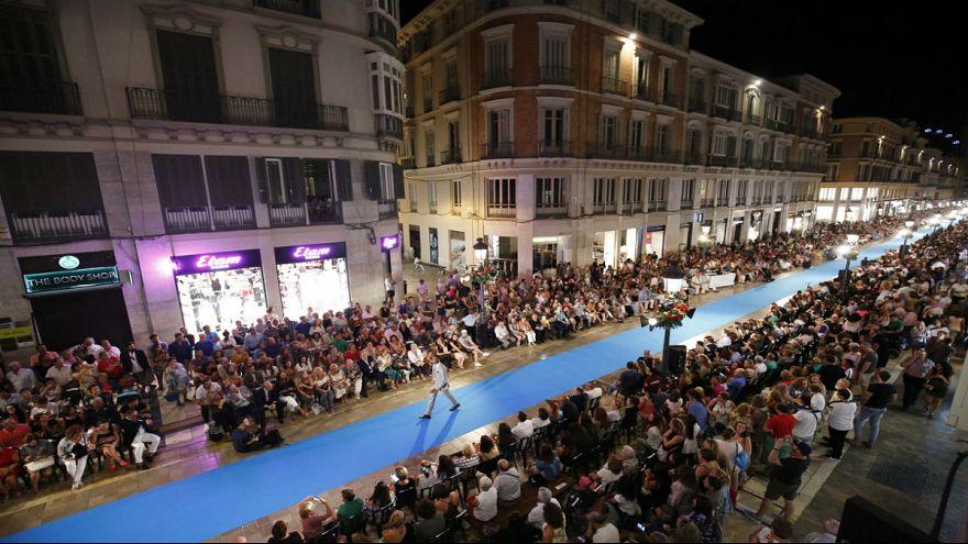 شاهد آخر صيحات الموضة في اليوم الثاني من مهرجان بساريلا لاريوس