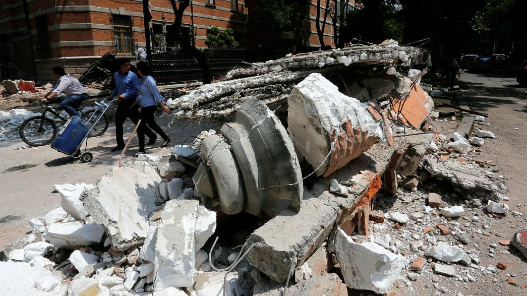 Un puissant séisme fait plus de cent morts au Mexique