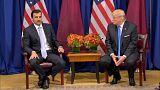 شاهد: ترامب يضع أمير قطر في موقف محرج