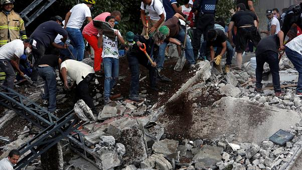 Death toll rises as Mexico counts cost of latest earthquake