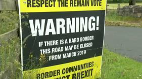 Brexit: UK under pressure over Irish border