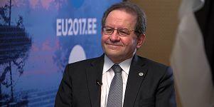 Ο Αντιπρόεδρος της ΕΚΤ, Βίτορ Κονστάντσιο, μιλάει στο Euronews για την ανάκαμψη της ευρωζώνης και το μέλλον της