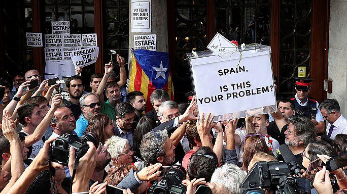 Umstrittenes Referendum: Dürfen die Katalanen raus aus Spanien?