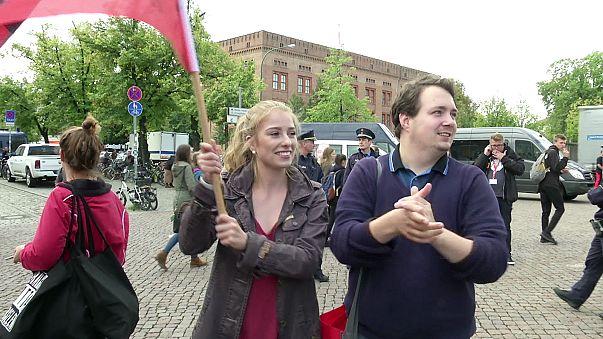 A fiatalok körében is Merkel vezet