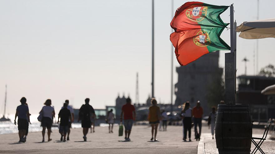 Emigrantes portugueses enviaram mais dinheiro para casa