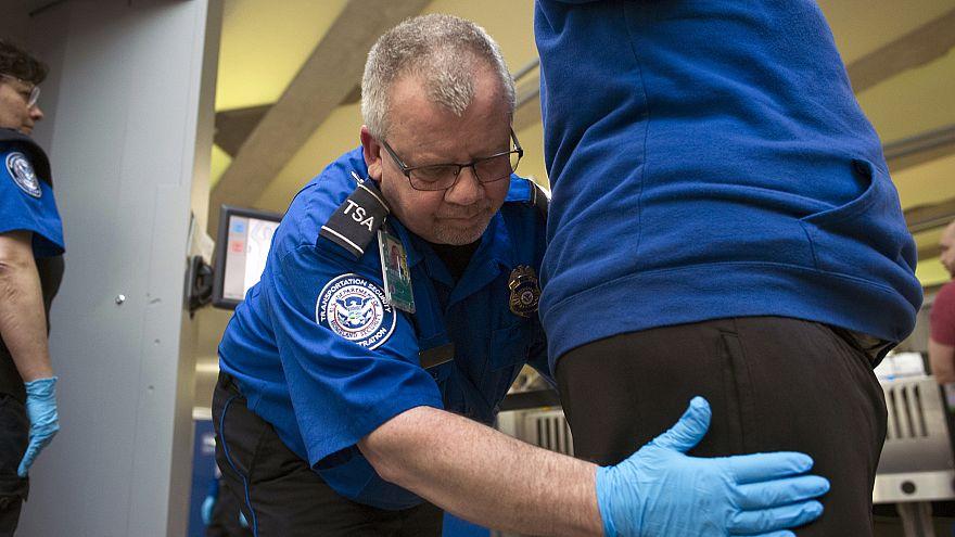 Image: TSA officer