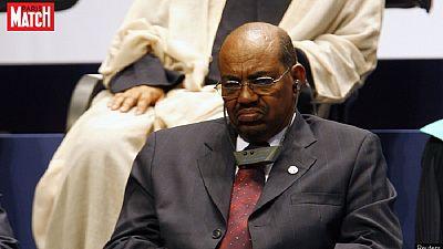 Soudan: Omar el-Béchir appelle les citoyens du Darfour à rendre leurs armes