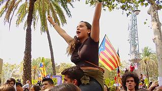 «Έχουμε δικαίωμα να ψηφίσουμε» φωνάζουν οι Καταλανοί
