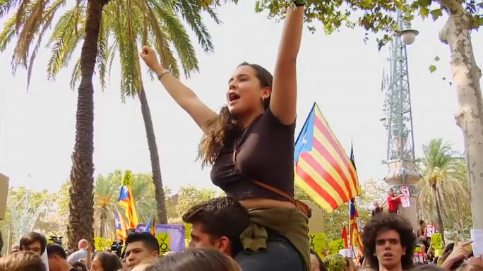 Catalan separatists hold fresh protests