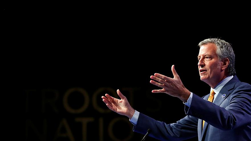 Image: New York Mayor Bill De Blasio speaks at the Netroots Nation annual c