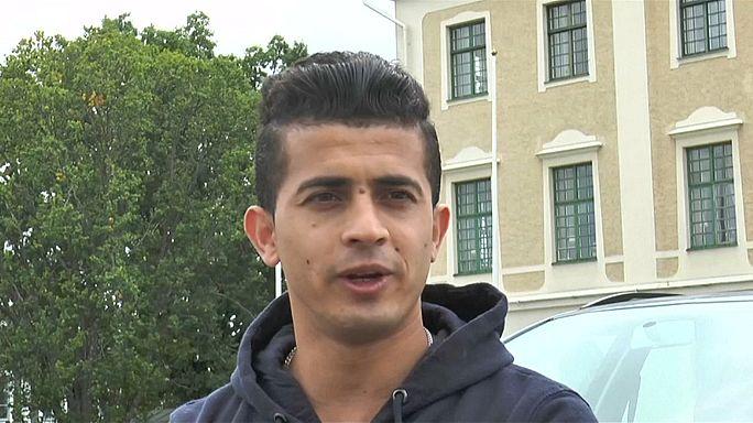 ممثل أفغاني لاجىء يواجه شبح الترحيل من السويد