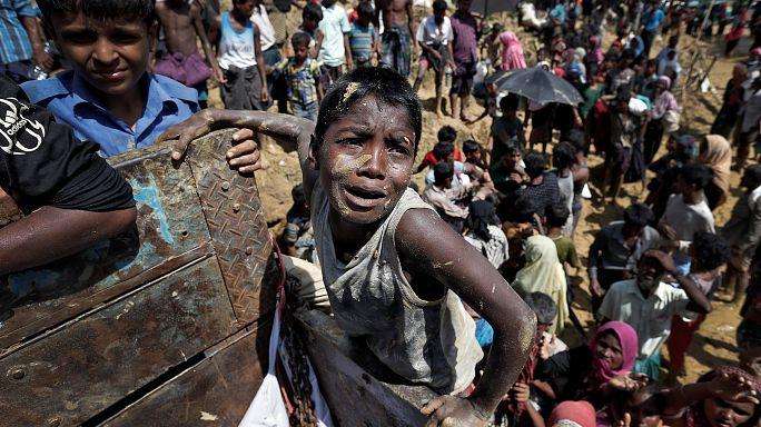 "Bangladesh calls for ""safe zones"" for fleeing Rohingya Muslims"