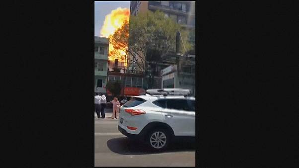 Amateurvideo: Explosion bei 7,1-Erdbeben in Mexiko