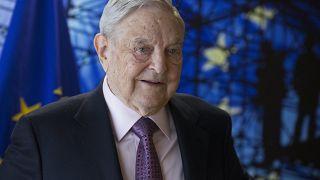 """Правительство Венгрии против """"плана Сороса"""""""