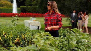 سيدة أميركا الأولى تزرع وتفلح