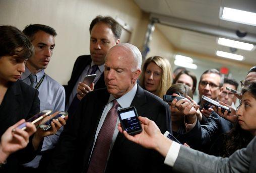 """USA, McCain: """"No ad abrogazione Obamacare"""""""