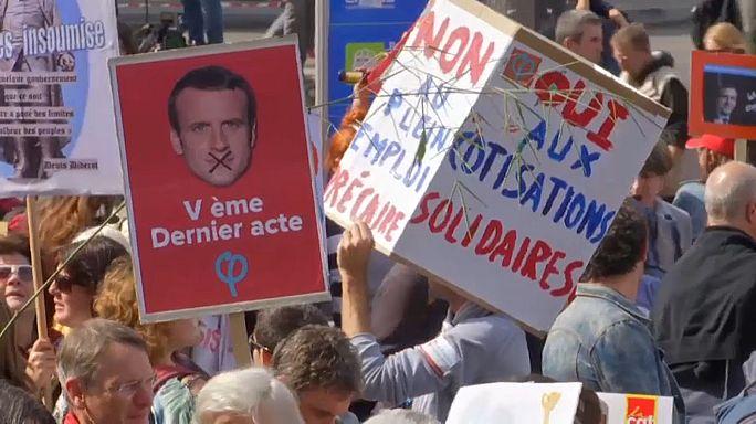 Multitudinaria manifestación en París contra la nueva reforma laboral de Macron
