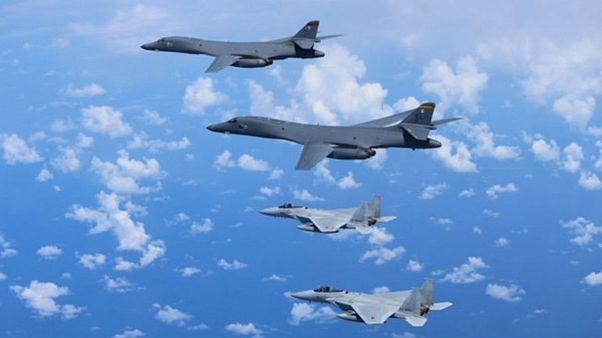 بمبافکنهای آمریکایی در نزدیکی سواحل کره شمالی پرواز کردند