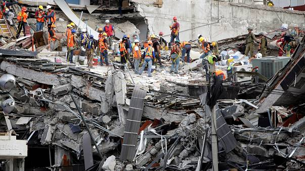 Deadly aftershock hits Mexico