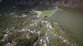 Массовая эвакуация в Пуэрто-Рико