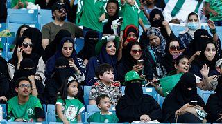 سعوديات لأول مرة في ملعب الملك فهد