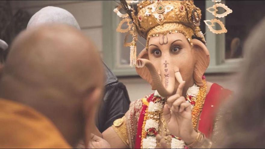 هندوس يحتجون على إعلان لحوم يصور الإله غانيشا
