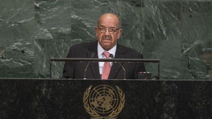 الجزائر تدعو إلى عودة سوريا للجامعة العربية