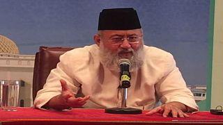 سلطنة عمان تطرد داعية هنديا بسبب قطر والسعودية