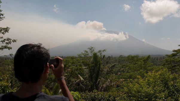 Ινδονησία: Συναγερμός για έκρηξη του ηφαιστείου Αγκούνγκ