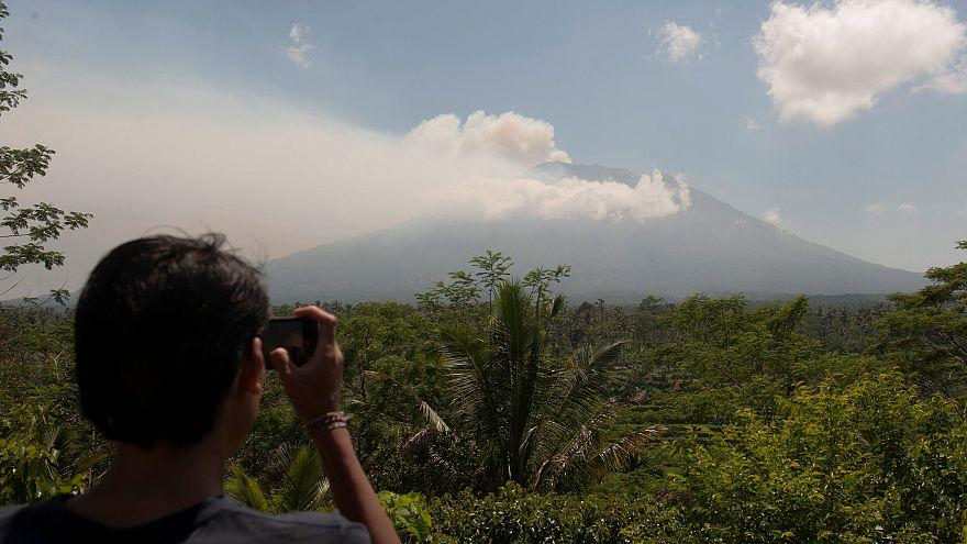 Bali: Massenflucht vor Vulkanausbruch
