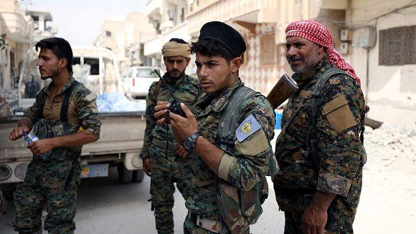 سوريا الديمقراطية تشكل مجلسا مدنيا لإدارة دير الزور