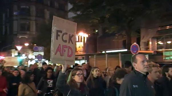 AfD : les militants antifascistes dans la rue