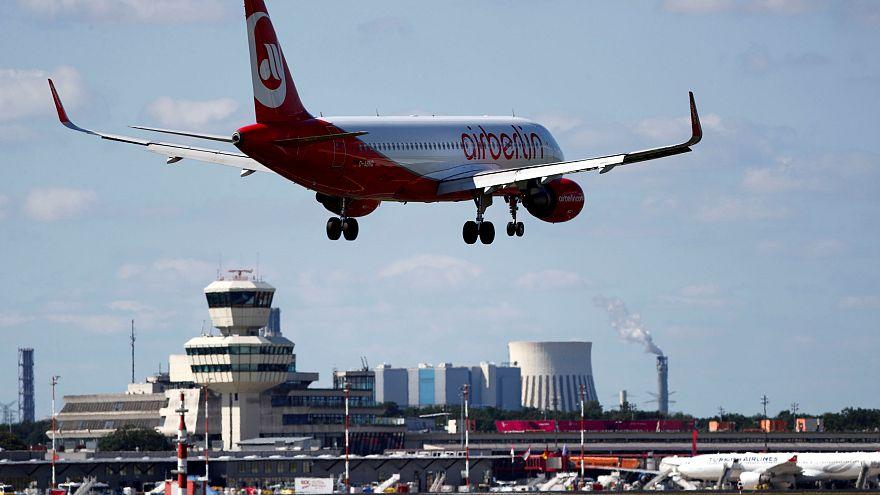 سكان برلين يصوتون على إبقاء مطار تيجل الدولي في الخدمة