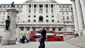 El Banco de Inglaterra advierte del coste de una crisis de deuda de los consumidores